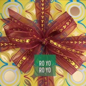 Harga sheer ribbon   gold hearts pattern pita imlek kain kaca lebar 2 5 cm   maroon 1 | HARGALOKA.COM