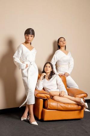 Harga the f thing figure boxy cut dress woman white   putih   | HARGALOKA.COM
