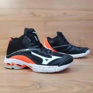 Harga bisa cod sepatu voli mizuno wave lightning z 6 mid black orange   black orange | HARGALOKA.COM