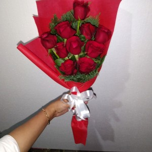 Harga Hand Bouquet Buket Bunga Mawar Merah Segar Katalog.or.id