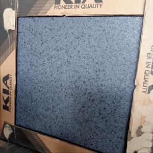 Harga kramik lantai 40x40 motif bintik terazo black kia textur dof | HARGALOKA.COM