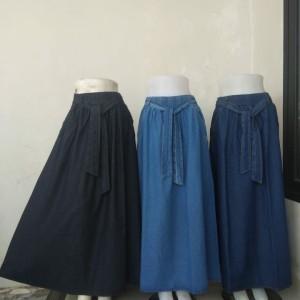 Harga rok panjang jeans jumbo model payung lebar harga murah   biru muda all | HARGALOKA.COM