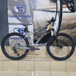 Harga sepeda gunung mtb polygon xtrada 6 new 2021 27 5 | HARGALOKA.COM