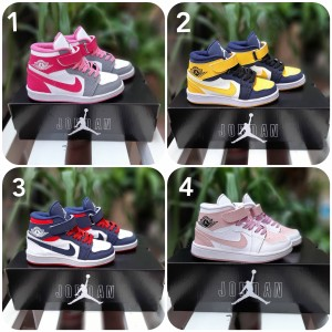 Harga sepatu anak balita laki laki sneakers bayi nike jordan grade original   | HARGALOKA.COM