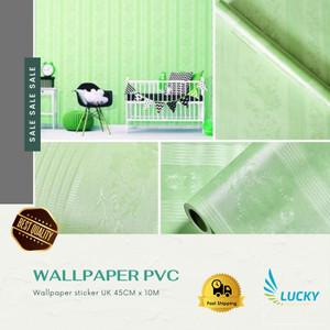 Harga wallpaper polos hijau tekstur batik garis uk 45cm x | HARGALOKA.COM