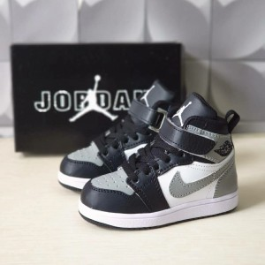 Harga sepatu sneakers anak laki laki 1 tahun nike jordan high | HARGALOKA.COM