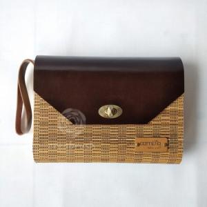 Harga tas clutch lidi cambia handmade kulit asli coklat unik oleh oleh   HARGALOKA.COM