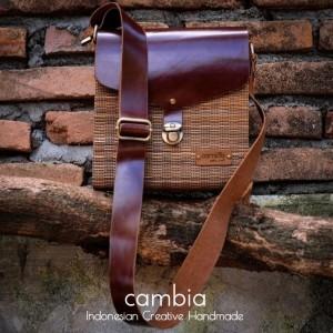 Harga tas lidi cambia pria handmade kulit asli coklat kurma oleh oleh   HARGALOKA.COM