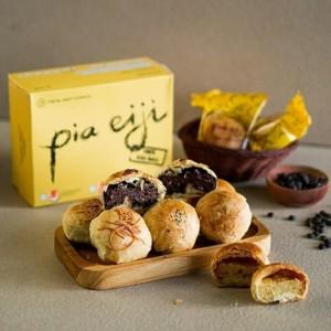 Harga pia eiji asli bali rasa keju 8pcs   | HARGALOKA.COM