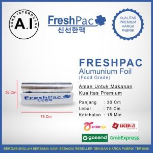 Harga aluminium foil roll   pembungkus makanan freshpac 30 cm x 75 | HARGALOKA.COM