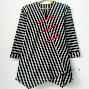 Harga baju lurik wanita lurik jogja asli lurik jumbo   abu hitam | HARGALOKA.COM