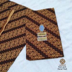 Harga kain jarik batik danar hadi original motif | HARGALOKA.COM