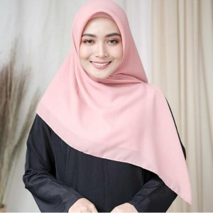 Harga hijab segi empat jilbab segi empat polos premium 115 x 115 cm   | HARGALOKA.COM