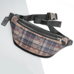 Harga coach warren waitsbag in signature canvas with plaid | HARGALOKA.COM