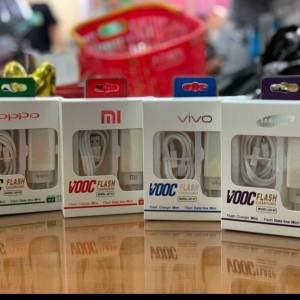 Harga charger vooc minii oppo 4 0a 2usb output cas hp murah   HARGALOKA.COM