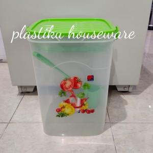 Harga toples plastik kotak jumbo 30liter tempat jual es kelapa aquarium es   | HARGALOKA.COM