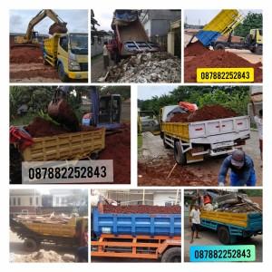Harga jasa pengiriman tanah merah buat taman damp truck 7m3 buang | HARGALOKA.COM