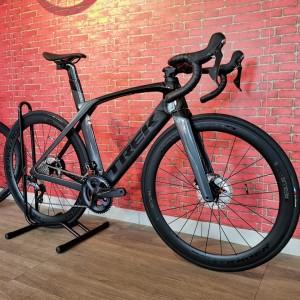 Harga road bike trek madone sl6 2021 bnib garansi resmi ready stock | HARGALOKA.COM