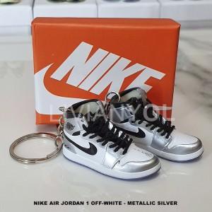 Harga jual gantungan kunci sneaker nike air jordan kawhi | HARGALOKA.COM