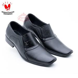Harga sepatu pria kulit pantofel formal outsole karet warna hitam fordza 074   hitam | HARGALOKA.COM