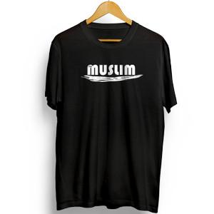 Harga baju kaos distro pria im muslim vooloz   hitam | HARGALOKA.COM