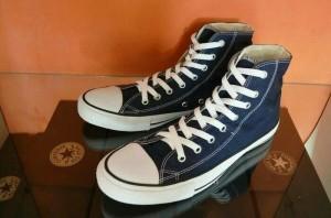 Harga sepatu pria wanita sepatu converse allstar high navi murah | HARGALOKA.COM