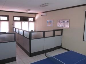 Harga partisi sekat kantor knock down system bahan multiplek | HARGALOKA.COM
