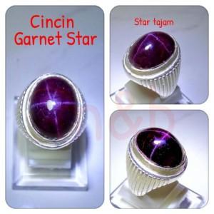 Harga cincin natural garnet star super star tajam dan silau kena cahaya | HARGALOKA.COM