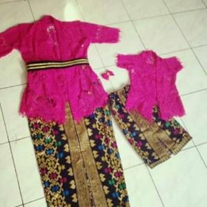 Harga couple kebaya ibu | HARGALOKA.COM