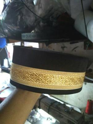 Harga peci songkok aceh renda emas exclusive al hidayah ukuran 5s d   HARGALOKA.COM