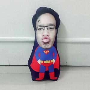 Harga bantal boneka foto karikatur custom   large superman 50cm | HARGALOKA.COM