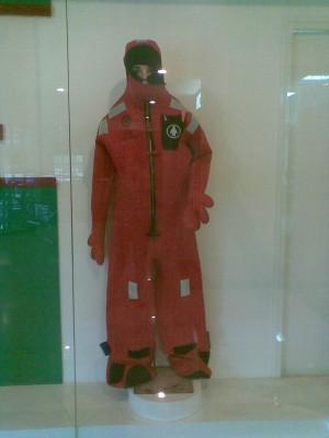 Harga lalizas solas immersion suit baju tahan dingin | HARGALOKA.COM