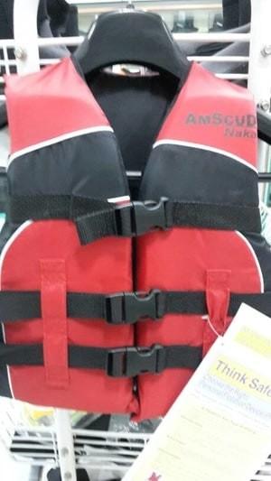 Harga pelampung life jacket anak merk amscud type naka | HARGALOKA.COM