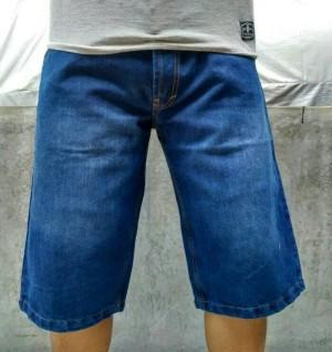 Harga celana pendek jeans jumbo murah | HARGALOKA.COM