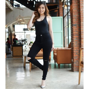 Harga celana jeans highwaist wanita hw hitam sobek lutut ripped knee   size   HARGALOKA.COM