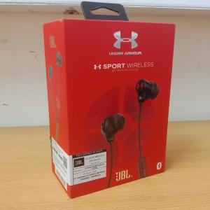 Harga jbl under armour headset sport wireless bluetooth   hitam garansi ims   | HARGALOKA.COM
