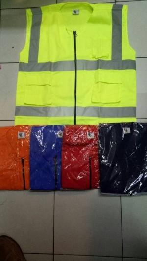 Info Baju Rompi Proyek Pengaman Polyster Merah Katalog.or.id