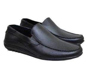Harga terlaris sepatu murah sepatu karet pria formal untuk kerja c | HARGALOKA.COM