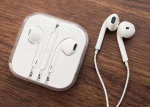 Harga earphone headset iphone original ori for ip 5 5s 6 6plus | HARGALOKA.COM