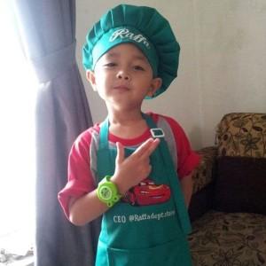 Harga celemek anak amp topi hijau toska dan pink tua   | HARGALOKA.COM