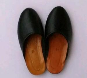 Harga sandal selop untuk baju adat | HARGALOKA.COM