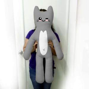 Harga boneka emoticon kucing besar   katt 3 jumbo tinggi 80 85cm | HARGALOKA.COM