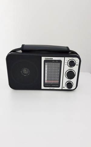 Harga radio listrik portable toshiba ty hru30 asli   | HARGALOKA.COM