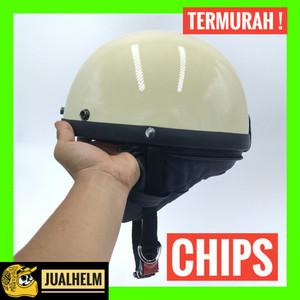 Harga helm chips krem glossy helm vespa helm retro helm classic   HARGALOKA.COM
