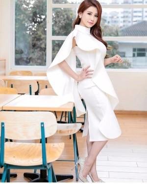 Harga midi dress scuba putih   multi color | HARGALOKA.COM