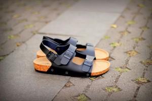 Harga sandal pria casual gdns quit original | HARGALOKA.COM