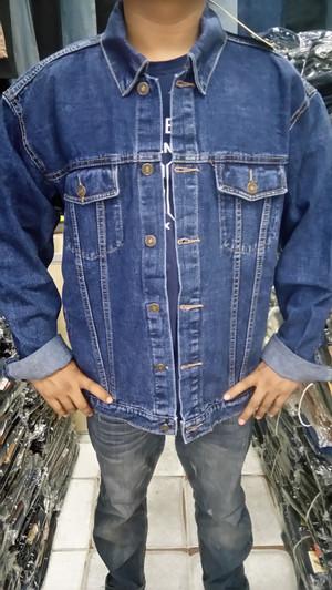 Harga jaket jeans jumbo m | HARGALOKA.COM