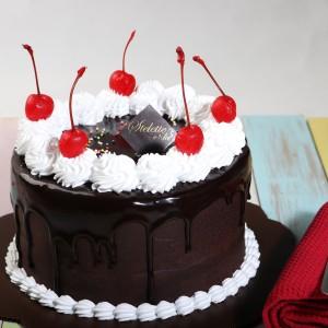 Harga kue ulang tahun chocolate fudge blackforest 16 cm bulat murah | HARGALOKA.COM