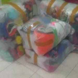 Harga satu juta dapat sekarung baju import paket usaha | HARGALOKA.COM