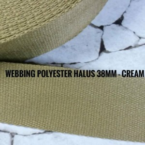 Harga tali tas webbing polyester halus lebar 38 mm tebal 2 mm 1 roll | HARGALOKA.COM